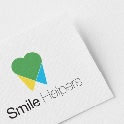 Smile Helpers Logo